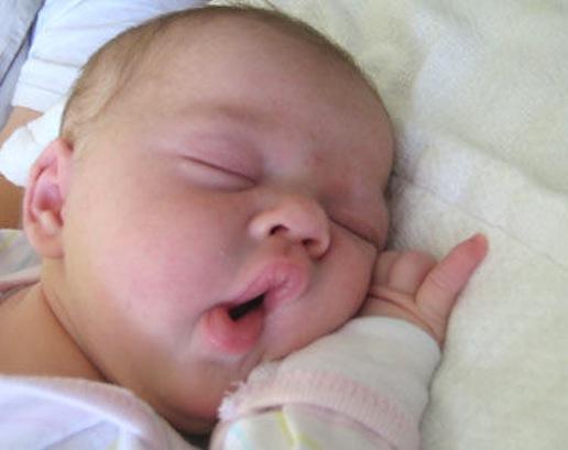 Babies Yawning 7