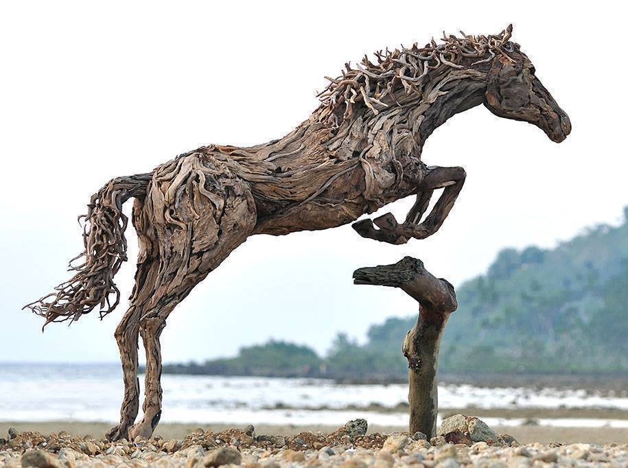 Best Carvings On Drift Wood And Wood Logs 2