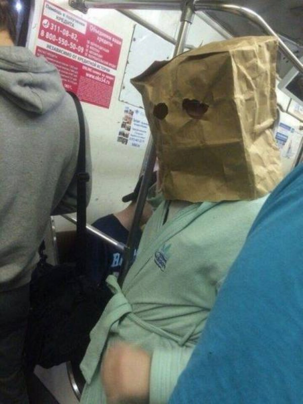 Hilarious Things People Saw While Riding The Subway_008