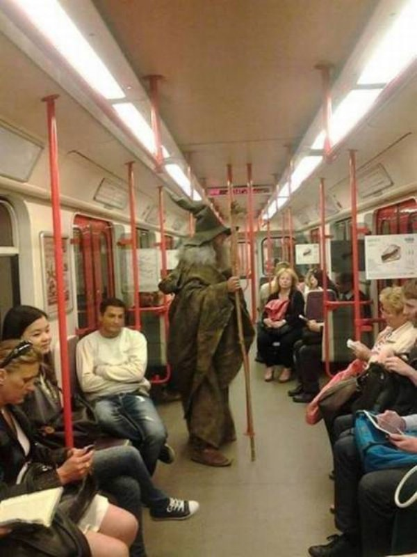 Hilarious Things People Saw While Riding The Subway_022