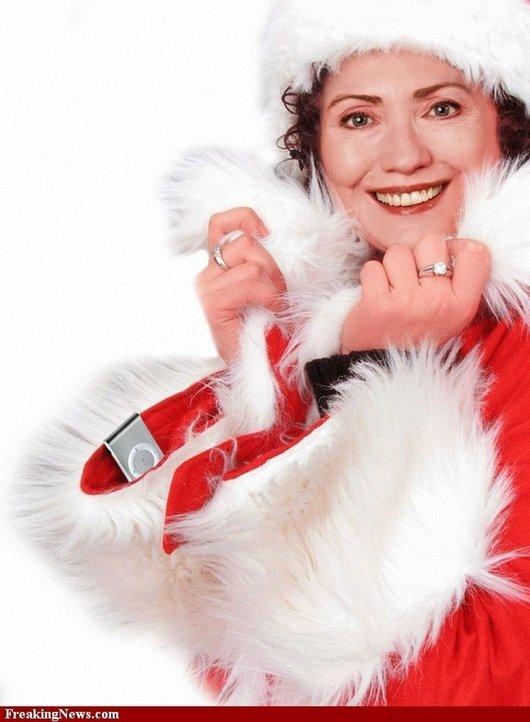 Hilarious Ways Hillary Clinton Was Photoshopped (13)
