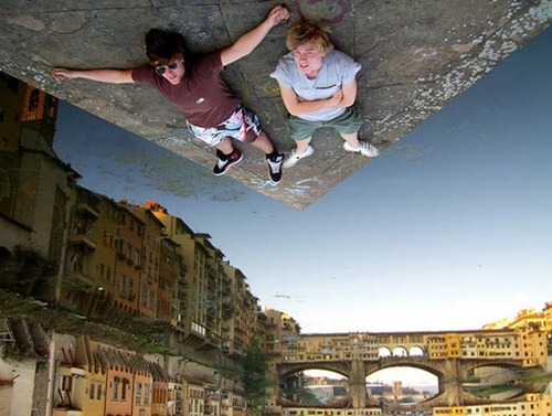 Photographs That Prove Perspective Photography Is The Coolest (17)