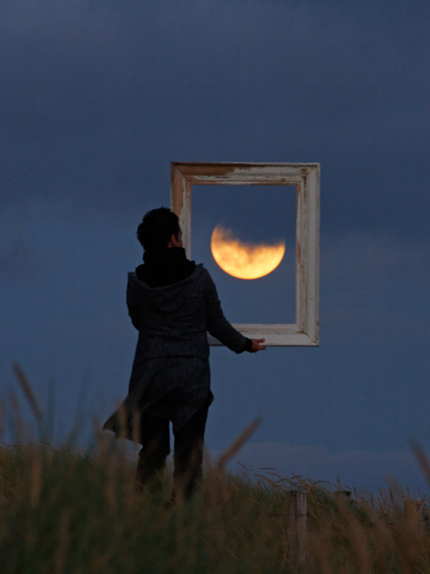 Ways Laurent Laveder Used The Moon Creatively (3)