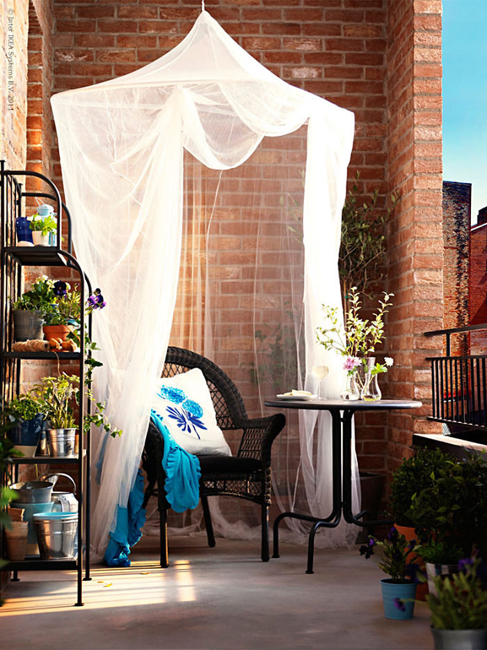 Ways You Can Reinvent Your Balcony 18