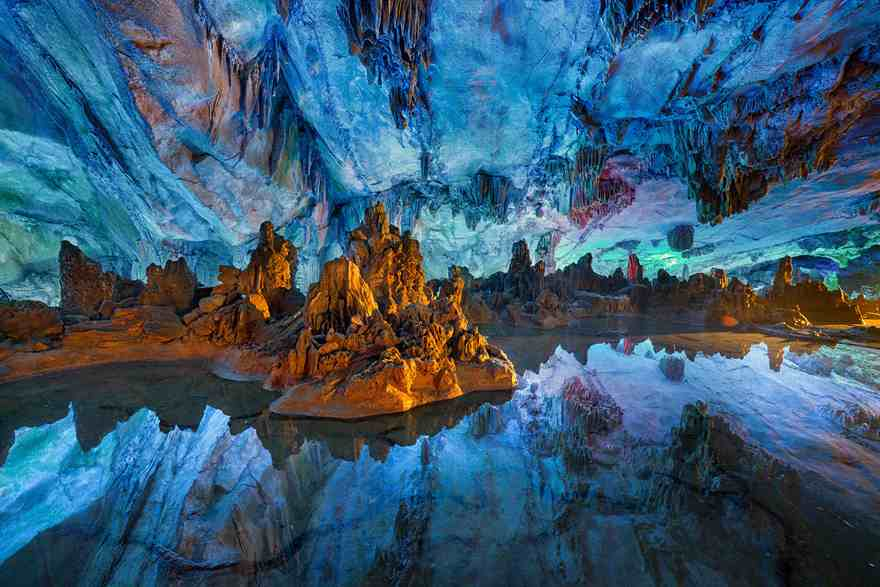 15-caves-from-around-the-world-thatll-make-you-explore-one-right-away-15