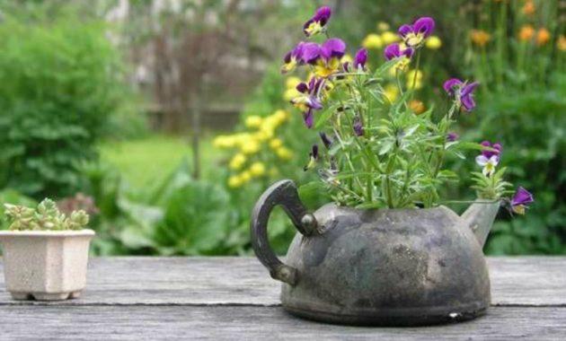 17-amazing-ways-you-can-use-a-teapot-diy-13