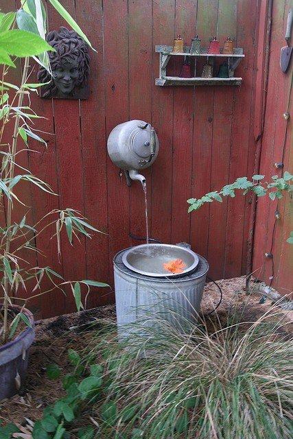 17-amazing-ways-you-can-use-a-teapot-diy-8