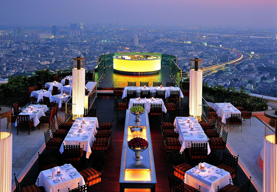 25 Restaurants You Should Visit Just For The View They Offer (22)