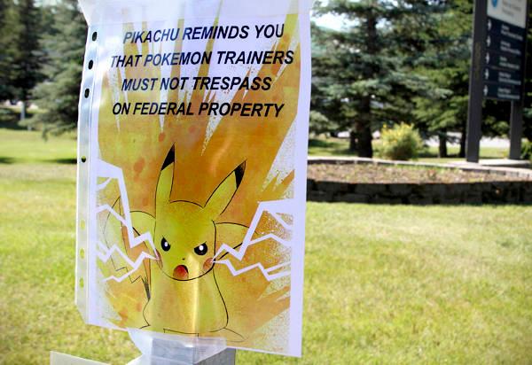 pokemon-go-signs-that-say-pokemon-no-7
