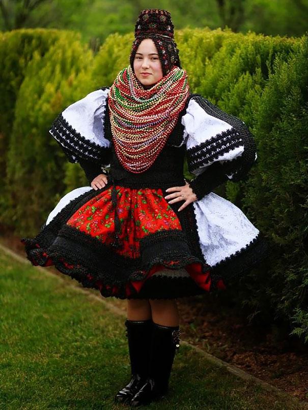 Best Wedding Dresses From Around The World 9