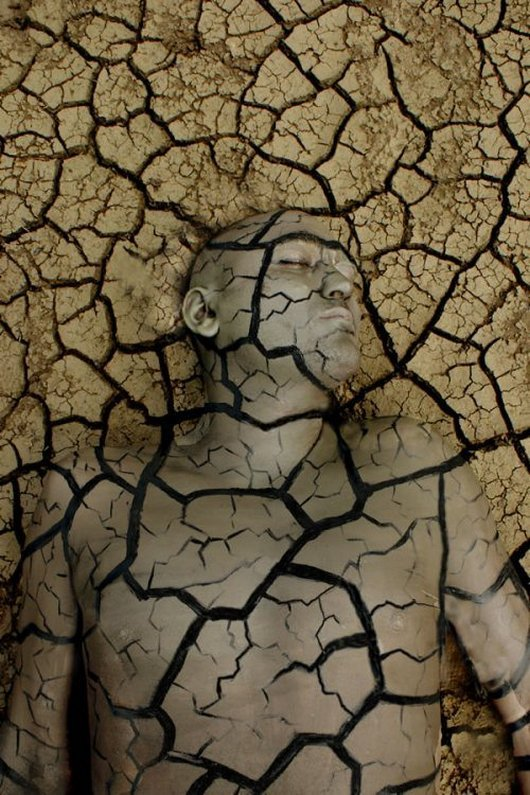 Body Paintings That Camouflaged Perfectly_015