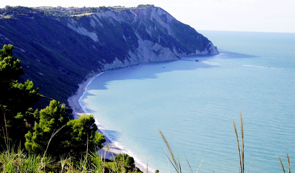 15 Sexy Beaches You Did Not Know Existed (3)