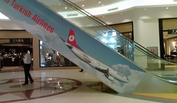 16 Of The Most Hilarious Advertising Fails (11)