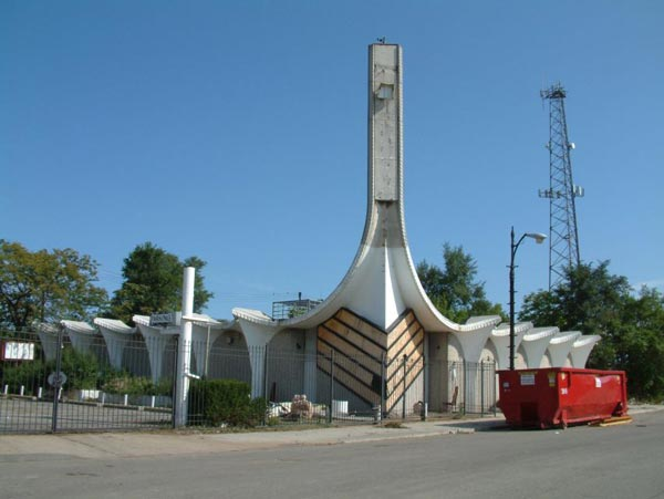 20 Most Unique Churches From Around The World (4)