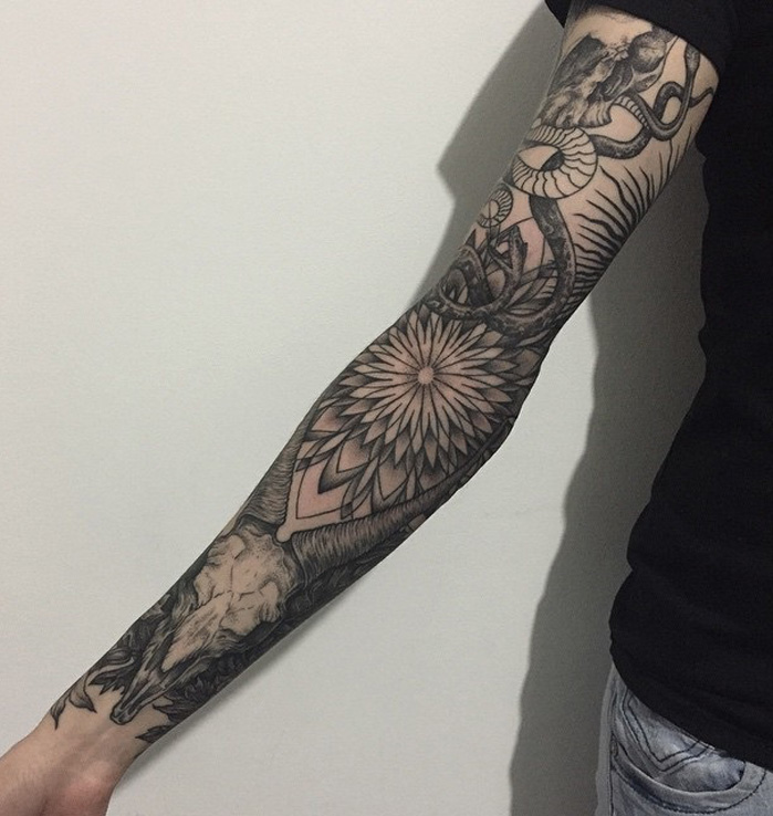 40 People Who Decided To Get A Sleeve Tattoo And Nailed It!_006