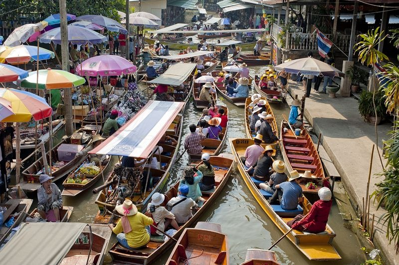 Images Of Markets On Boats In Southeast Asia (2)