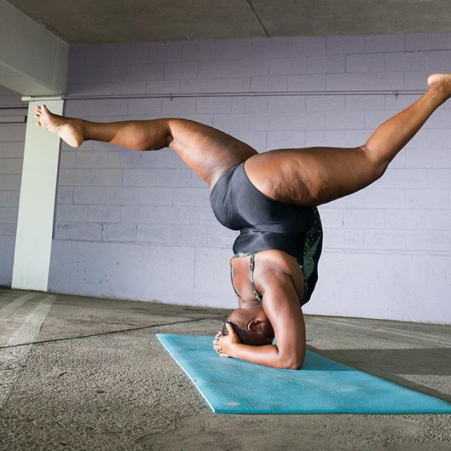 Jessamyn Stanley Proves That You Don't Need A 'Particular' Kind Of Body To Master Yoga (11)