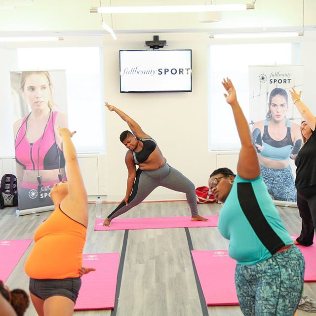 Jessamyn Stanley Proves That You Don't Need A 'Particular' Kind Of Body To Master Yoga (7)
