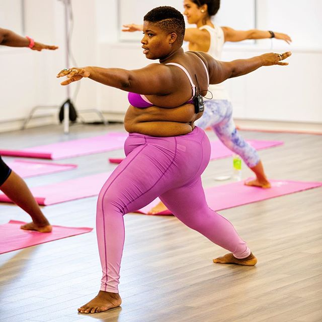Jessamyn Stanley Proves That You Don't Need A 'Particular' Kind Of Body To Master Yoga (9)