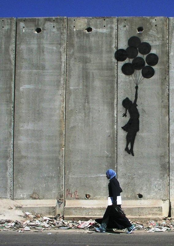 Of The Craziest Street Wall Artwork From Around The World_025