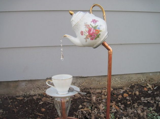 17-amazing-ways-you-can-use-a-teapot-diy-1