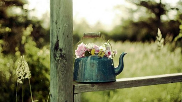 17-amazing-ways-you-can-use-a-teapot-diy-17