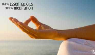 Meditating With Essential Oils - Infographic